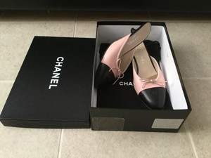 Chanel Pink Leather Cap Toe Pink Black Mules