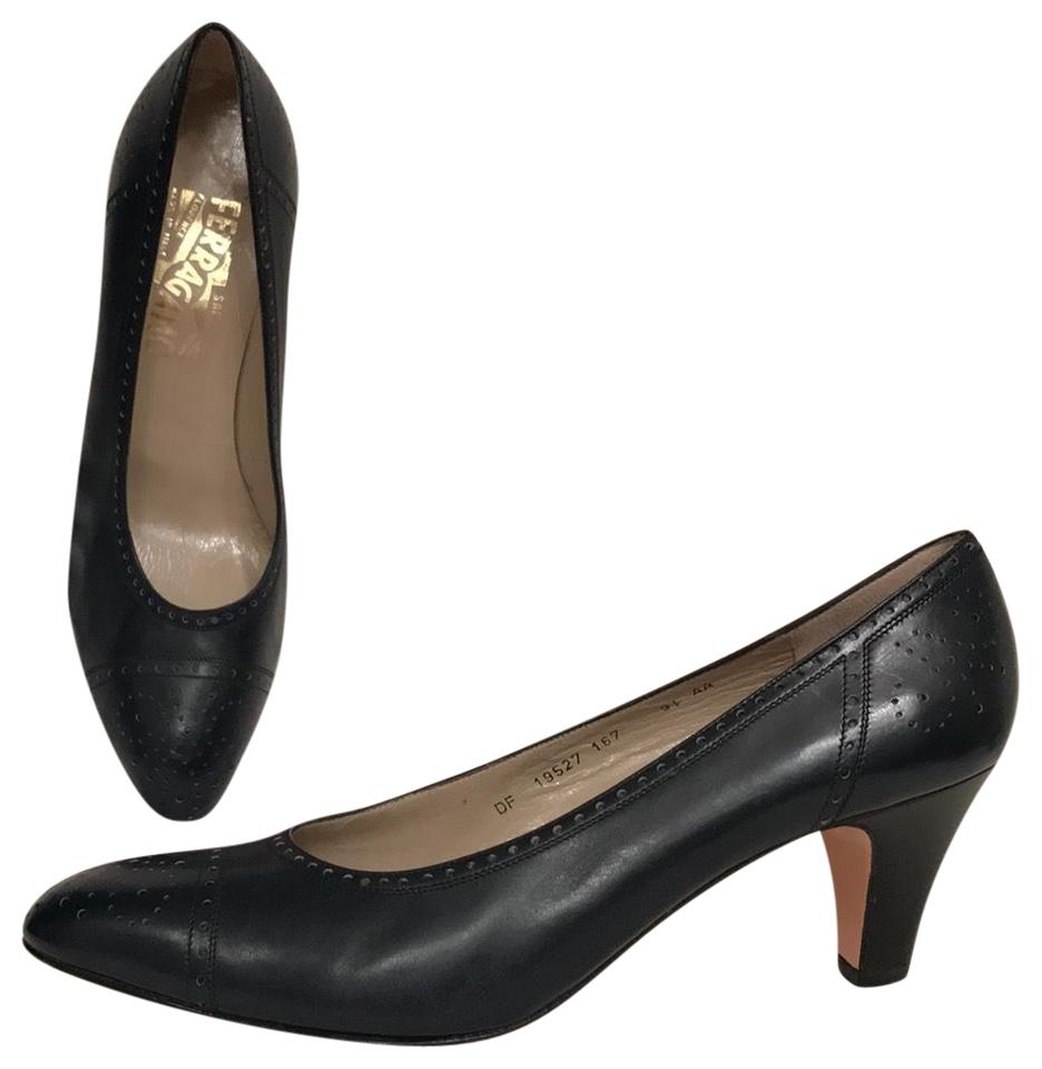061108417f3ae Salvatore Ferragamo Blue 9 1/2 Aa Vintage Leather Wingtips Navy Pumps Size  US 9.5 Narrow (Aa, N) 87% off retail
