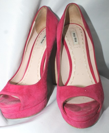 Miu Miu Peep Toe Suede Leather Heels Size 39 HOT PINK Pumps