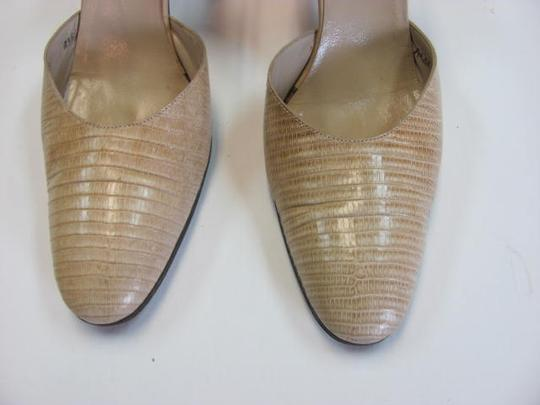 Bruno Magli Size 7.5 Aaaa LIGHT BEIGE Sandals