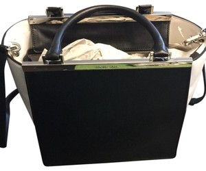 Michael Kors Tote in Black/White
