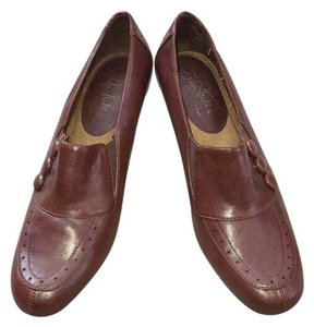 LifeStride Brown Pumps