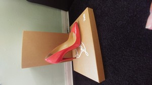 Christian Louboutin Stiletto Leather Patent Patent Leather Poppy Pumps