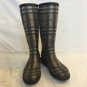 Burberry Rubber Rain Luxury Cold Weather gray Boots