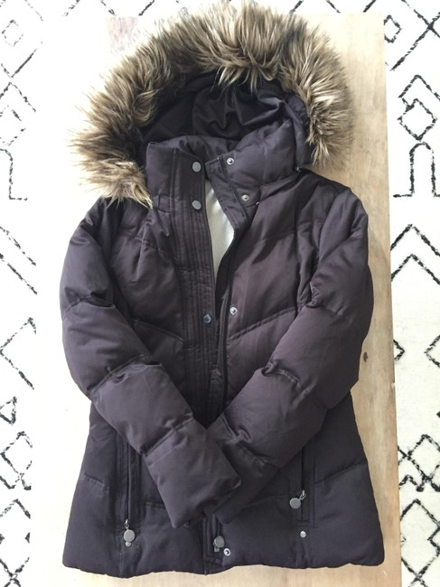 Preload https://img-static.tradesy.com/item/20999428/calvin-klein-chocolate-faux-fur-lined-quilted-puffer-coat-size-0-xs-0-1-650-650.jpg