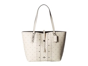 Coach Market Pebbled Leather Bandana Rivet Tote in Chalk