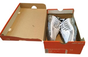 Nike New In Box Airmax Sneakers White Athletic