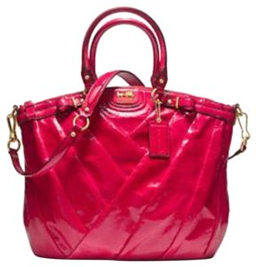 Coach Satchel in Punch red