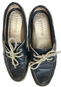 Sperry Leather Top Sider navy Flats