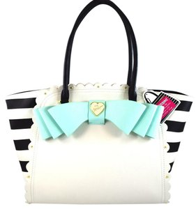 Betsey Johnson Tote in Mint/Cream
