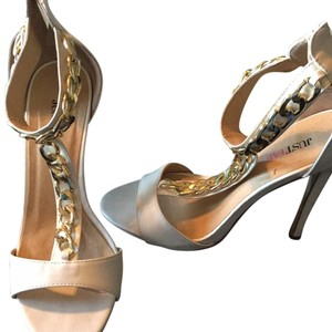 JustFab White & Gold Pumps