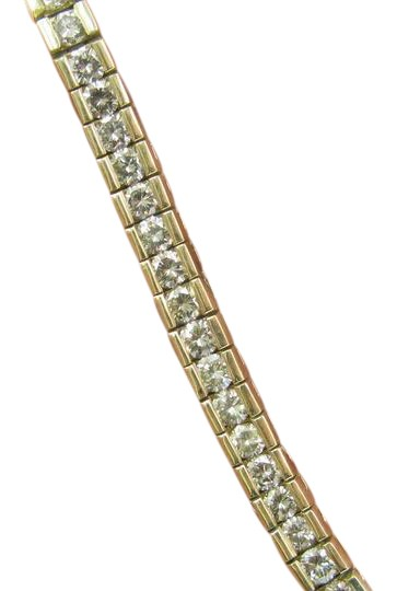 Preload https://img-static.tradesy.com/item/21001344/l-m-fine-round-cut-diamond-tennis-yellow-gold-14kt-800ct-bracelet-0-1-540-540.jpg