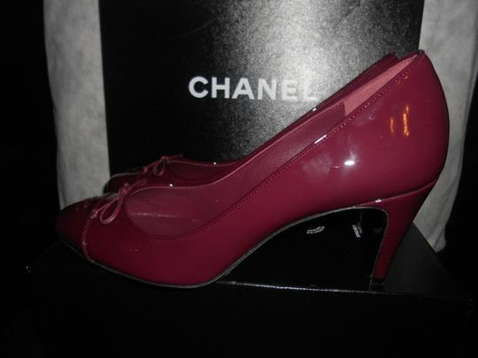 Chanel Two Tone Patent Leather Burgundy Pumps Image 2