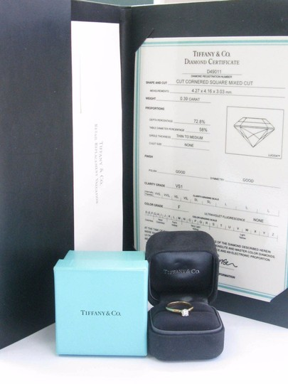 Tiffany & Co. Tiffany & Co 18Kt Lucida Diamond Solitaire Engagement Ring .39Ct F-VS1 Image 3