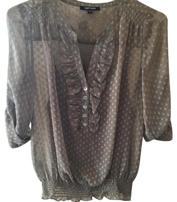 Item - Green 3/4 Sleeve Silk Ruffle Front Banded Waist Blouse Size 0 (XS)