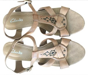Clarks Tan/Neutral Sandals