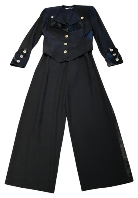 Preload https://img-static.tradesy.com/item/21002668/black-nautical-with-gold-and-crystal-buttons-pant-suit-size-6-s-0-2-650-650.jpg