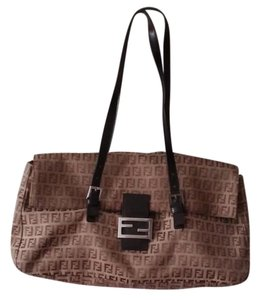 63d2628c9b53 Fendi Baguettes - Up to 70% off at Tradesy