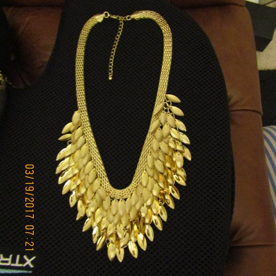 Free People NWOT Statement Necklace Image 1