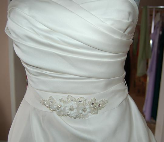 Enzoani Ivory Satin/Lace 1328 Ball Gown Embroidered Skirt Wedding Dress Size 10 (M) Image 8