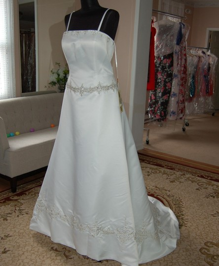 Andy Anand Couture Ivory Satin Elegant A-line Wedding Dress Size 16 (XL, Plus 0x) Image 2