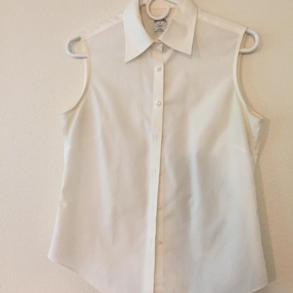 Brooks Brothers White Sleeveless Button Down Size 6 S