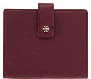 Tory Burch Textured-leather passport cover