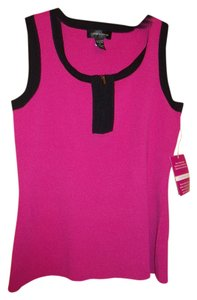 Caleb & Gauge Top Fuschia w/ Black Trim