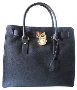 Michael Kors Hamilton Leather Tote in Black