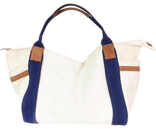 Preload https://img-static.tradesy.com/item/21004233/bdg-large-urban-outfitters-canvas-travel-duffle-carryall-tote-0-1-540-540.jpg