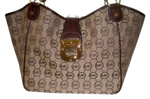 Michael Kors Satchel in Beige / Ebony / Mocha