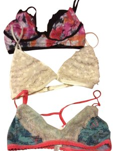Honeydew Lot 3 bralettes