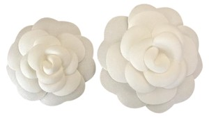 Other Classic 2x White Camellia Flower Fabric Brooch Pin