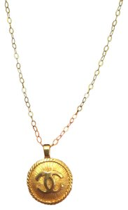 Chanel Chanel pendant with gold chain