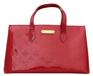 Louis Vuitton Patent Leather Wilshire Pomme D'amour Tote in Red