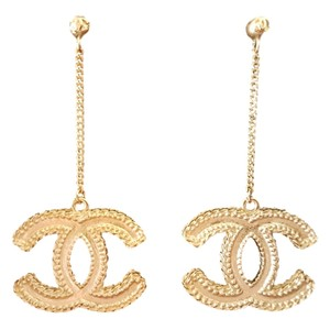 Chanel NEW Gold CC Logo and Chain Dangle Earrings Pierced