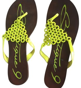 Boutique 9 Neon Green Sandals