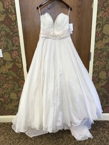 Maggie Sottero Poppy Wedding Dress