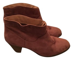 Bamboo Suede Taupe Boots