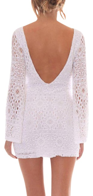 Item - White Lace Bodycon Open Back Long Bell Sleeve Mini New Short Casual Dress Size 10 (M)