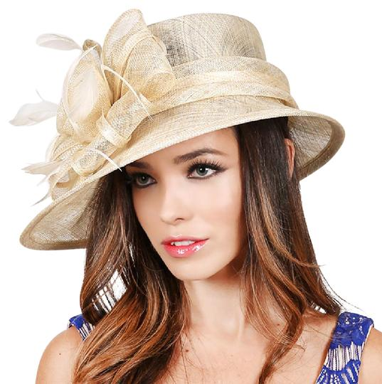 Preload https://img-static.tradesy.com/item/21007181/neutral-formal-dressy-church-hat-0-1-540-540.jpg