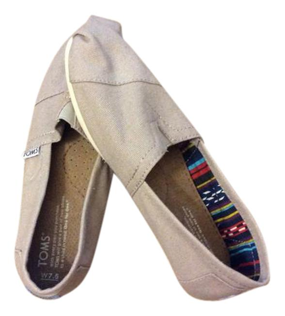Item - Grey Flats Size US 7.5 Wide (C, D)