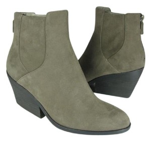 Eileen Fisher gray shadow Boots