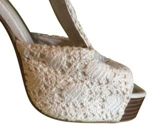 Divided by H&M white Platforms
