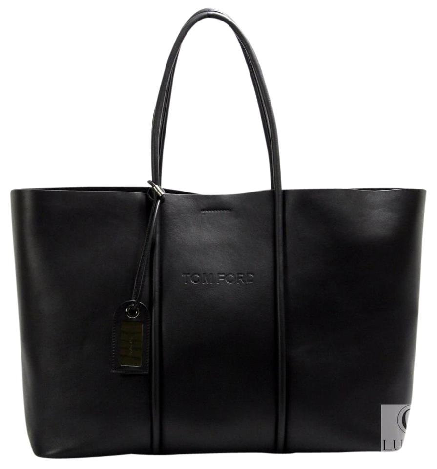 Tom Ford 2017 Tubo Horizontal Leather Black Tote Bag on Sale, 24 ...