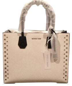 Michael Kors Satchel in Black/Optic white