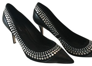 White House | Black Market Black and silver Pumps