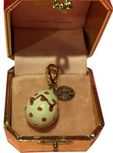 Juicy Couture NWT! JUICY COUTURE FABULOUS & EXTREMELY RARE ONLY ONE For SALE MACY's CHICH HATCHED EGG CHARM