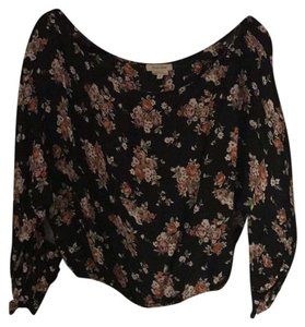 Flynn Skye Top black/flower design