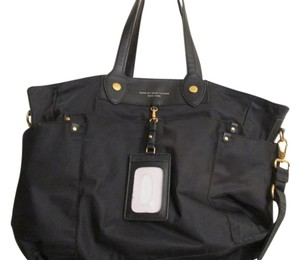 Marc Jacobs Tote in black with gold